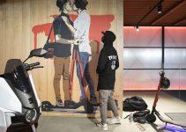 Seat presenta un patinete eléctrico en su nuevo showroom de Barcelona